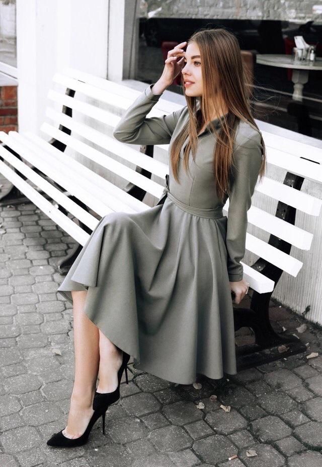 пудра платье